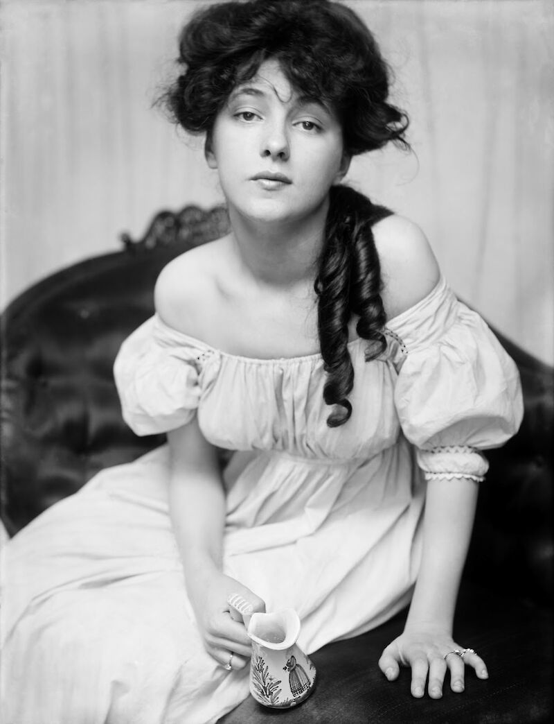 Portrait of Evelyn Nesbit